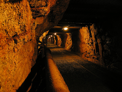 alarch: Drift of Harrachov mine (Flickr)